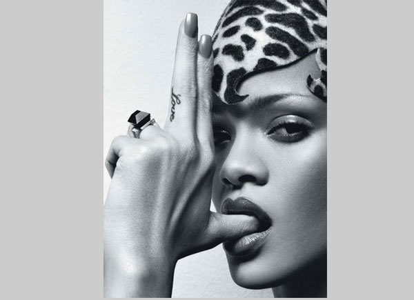 Rihanna Love Middle Finger Rihanna Tattoo