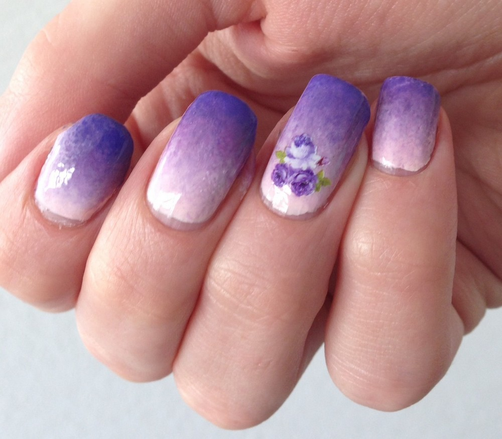 gradient-nails-purple
