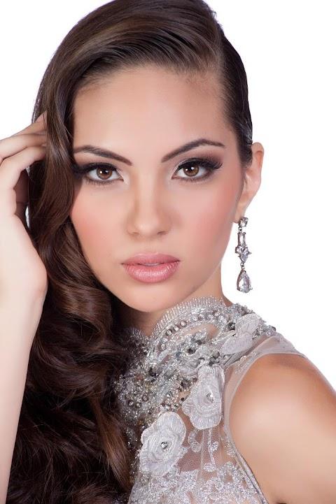 Espectacular!!! Natalie Vertiz en  Miss Universe 2011
