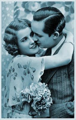 foto antigua de pareja vintage en azul
