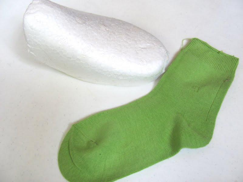 Как вырастить травку для котов в носке