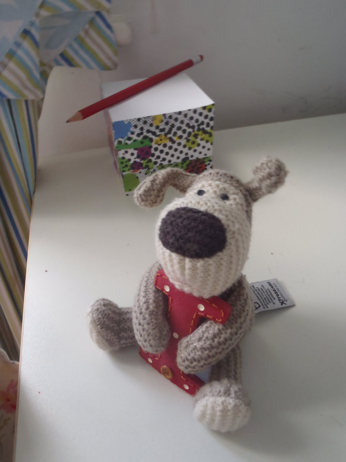 Confessions of an Oxfordshire stitcher: B,C,D:Boofle, Crochet and Dogs!