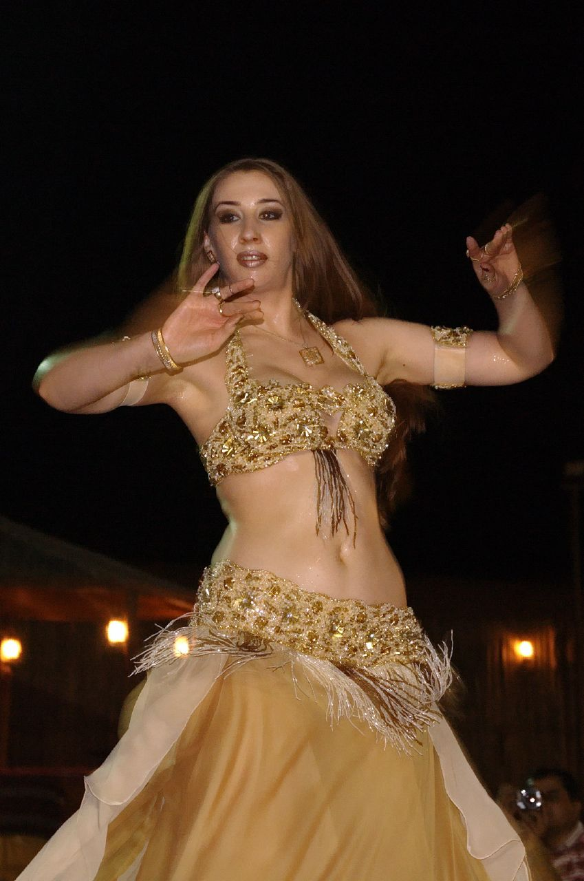 dubai women dance video