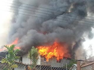 Rumah Panjang Ngelayang Sekuau Hangus Terbakar