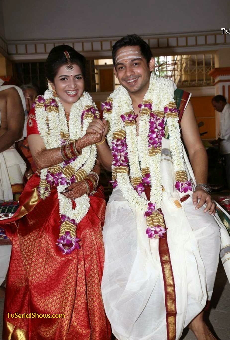 DD Vijay TV Anchor Wedding