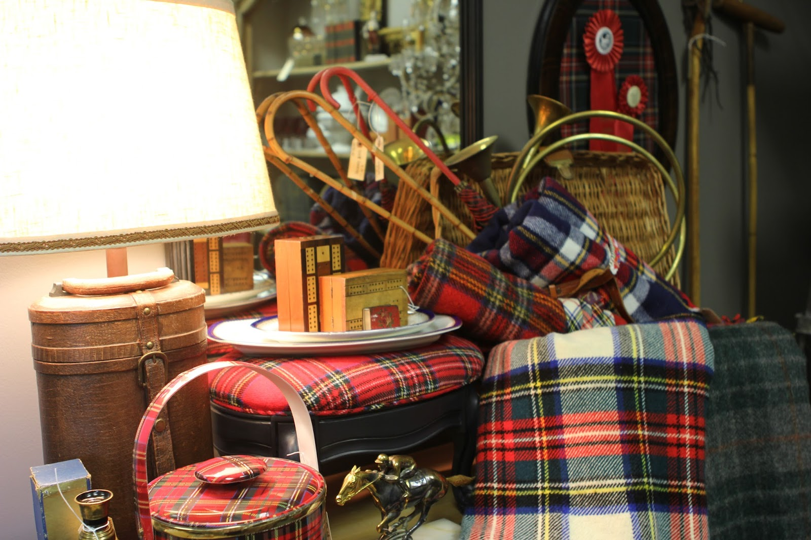 Romancing the home tartans toddies and rhinestones pop for 1 sherwood terrace lake bluff il