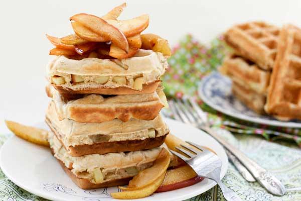 Sasaki Time: Apple Pie Waffles Dessert Recipe