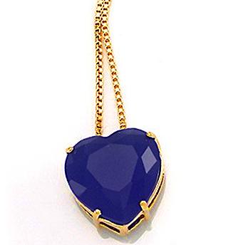 Gargantilha folheada a ouro 18k  Com pingente em formato de coração  Com pedra natural facetada: ágata azul