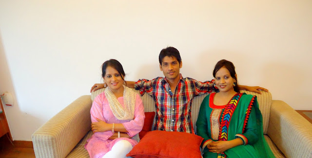 Anshu Dikshant with Bhojpuri Actress Sangita Tiwari and Sunita Tiwari