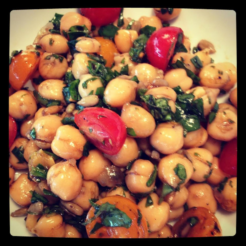 ... Miss | It's the Bee's Knees, Daddy!: Mediterranean Chickpea Salad