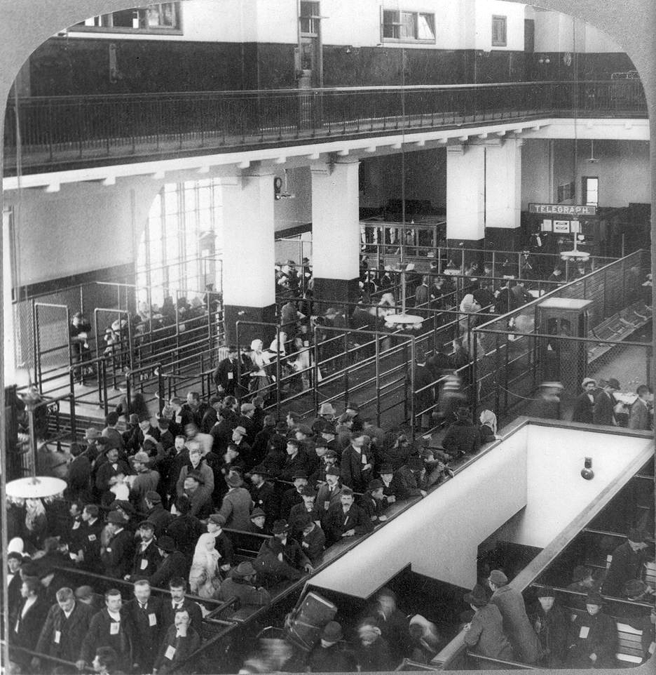 Immigration News: History In Photos: Ellis Island