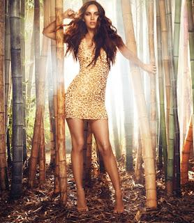 Megan-Fox---Avon-Instinct-fragrance-Campaign-2013--03-560x644.jpg