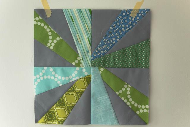 green blue grey starburst cartwheel block