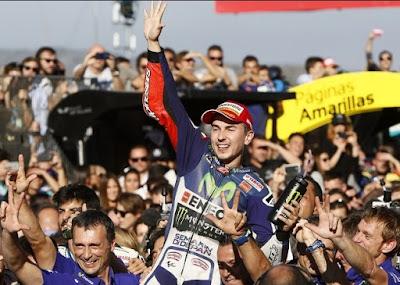 Lorenzo: Saya Bukan Juara Dunia Hanya di Mata Fans Rossi