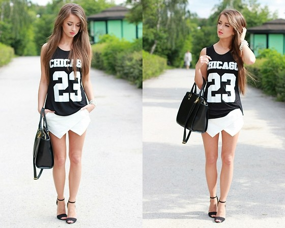 http://lookbook.nu/look/4995326-Zara-Heels-Shorts-Sporty-Chic