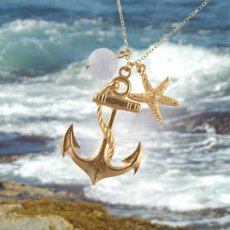 Gold Anchor Necklace1