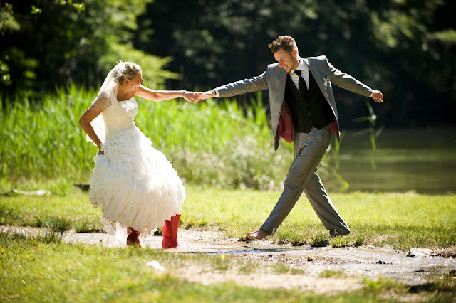"Wedding Dress And Rainboots ""Trash The Dress"" Photography Shoot"