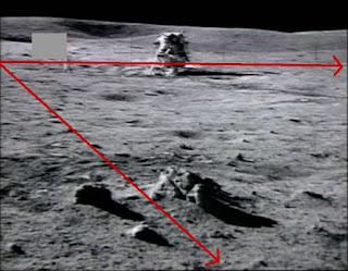 Foto Que Muestra La Luna Con Múltiples Fuentes De Luz En La Mision Apollo