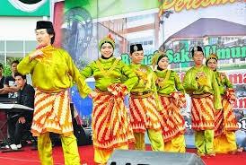 Tari Tradisional Kalimantan Barat : Jepin Gerangkang