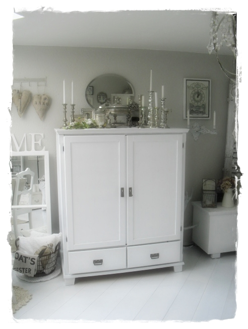 shabby landhaus januar 2012. Black Bedroom Furniture Sets. Home Design Ideas