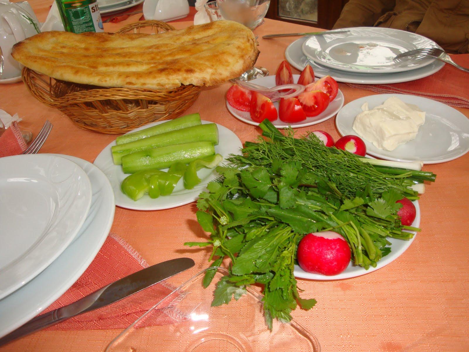 Sheki azerbaijan milli s fr kvarteti or quartet of for Azerbaijan cuisine