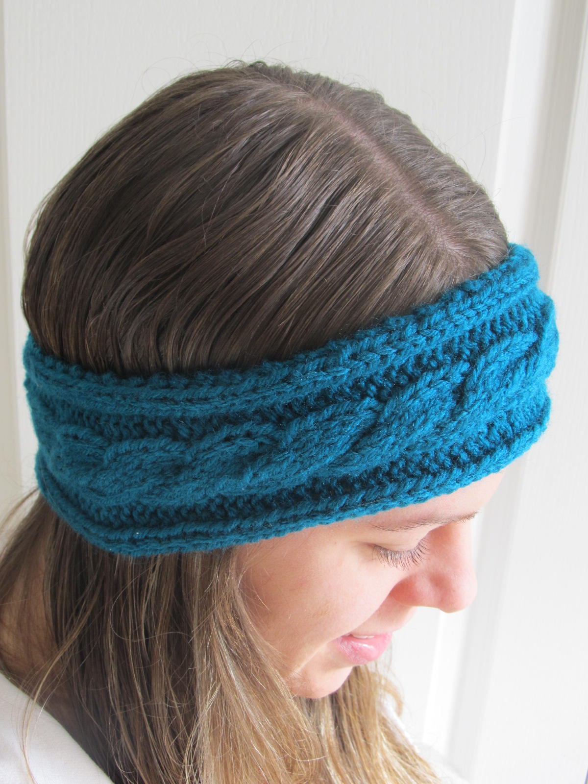 Twenty Something Granny: Cabled Headband and Cabling Tutorial