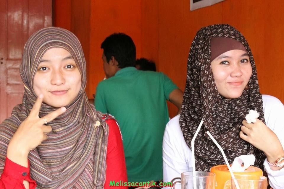 Foto Pesona Cewek Madura Cantik dengan Jilbab
