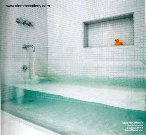 Baño De Tina Concepto:Arquitectura de Casas: Bañera de cristal a la medida