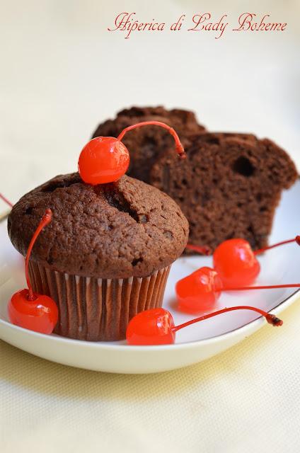 hiperica_lady_boheme_blog_di_cucina_ricette_gustose_facili_veloci_muffins_al_cioccolato_2