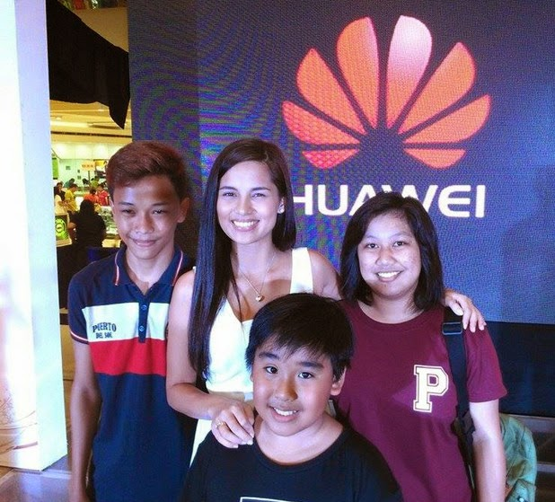 Jasmine Curtis Smith, Jasmine Curtis Huawei