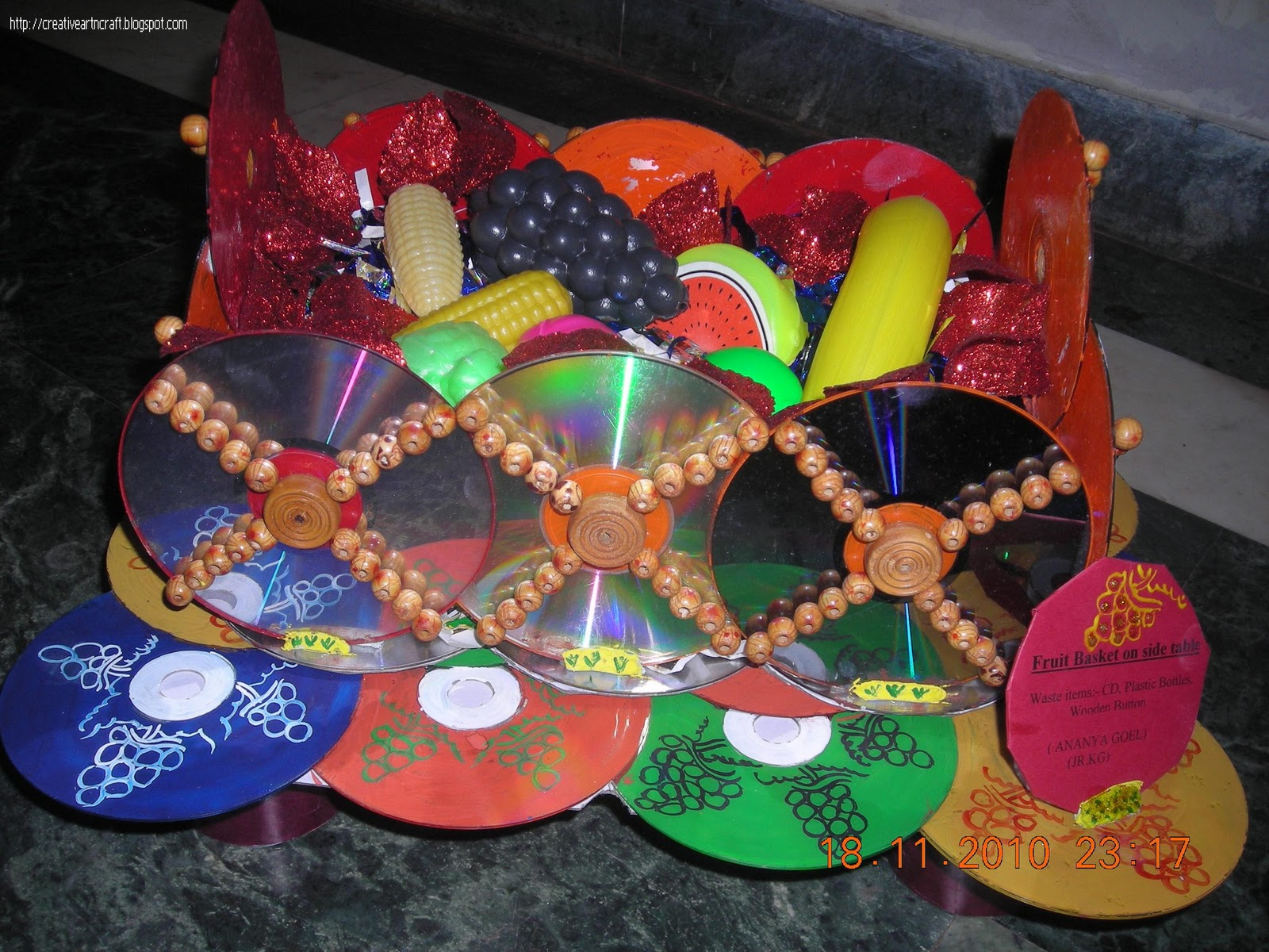 Anu 39 s art and crafts best out of waste fruit basket with for Homemade items from waste materials