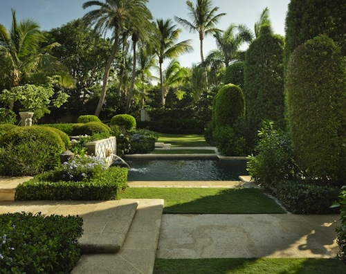 Backyard Escapes Landscaping : This little oasis was created by landscape architect nievera williams