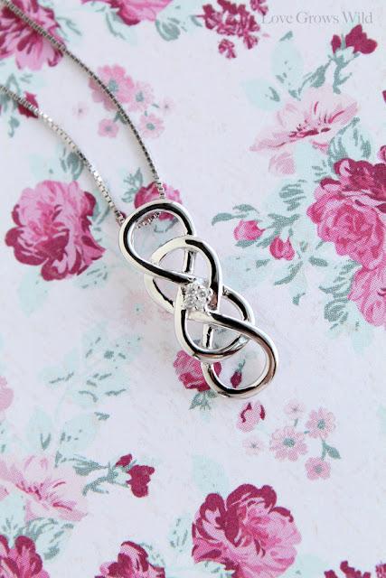 INFINITY X INFINITY Collection from Helzberg Diamonds at www.LoveGrowsWild.com