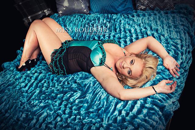 Sensual boudoir photography and photo shoots