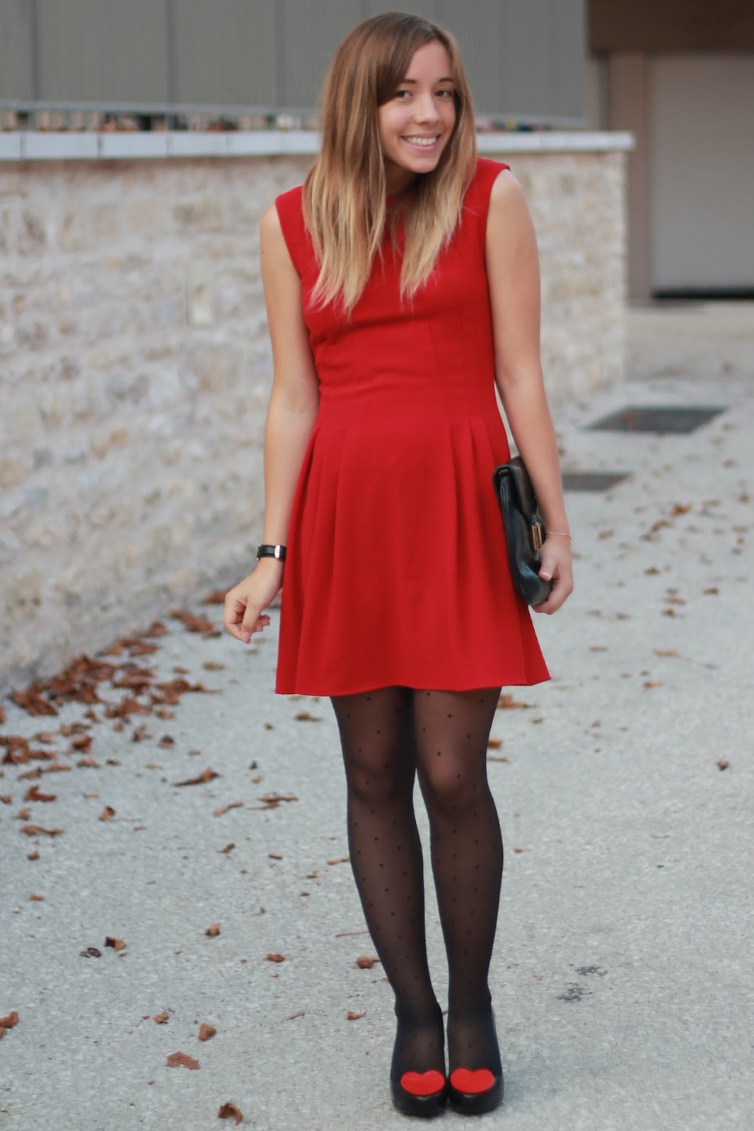 Dédramatiser la robe rouge