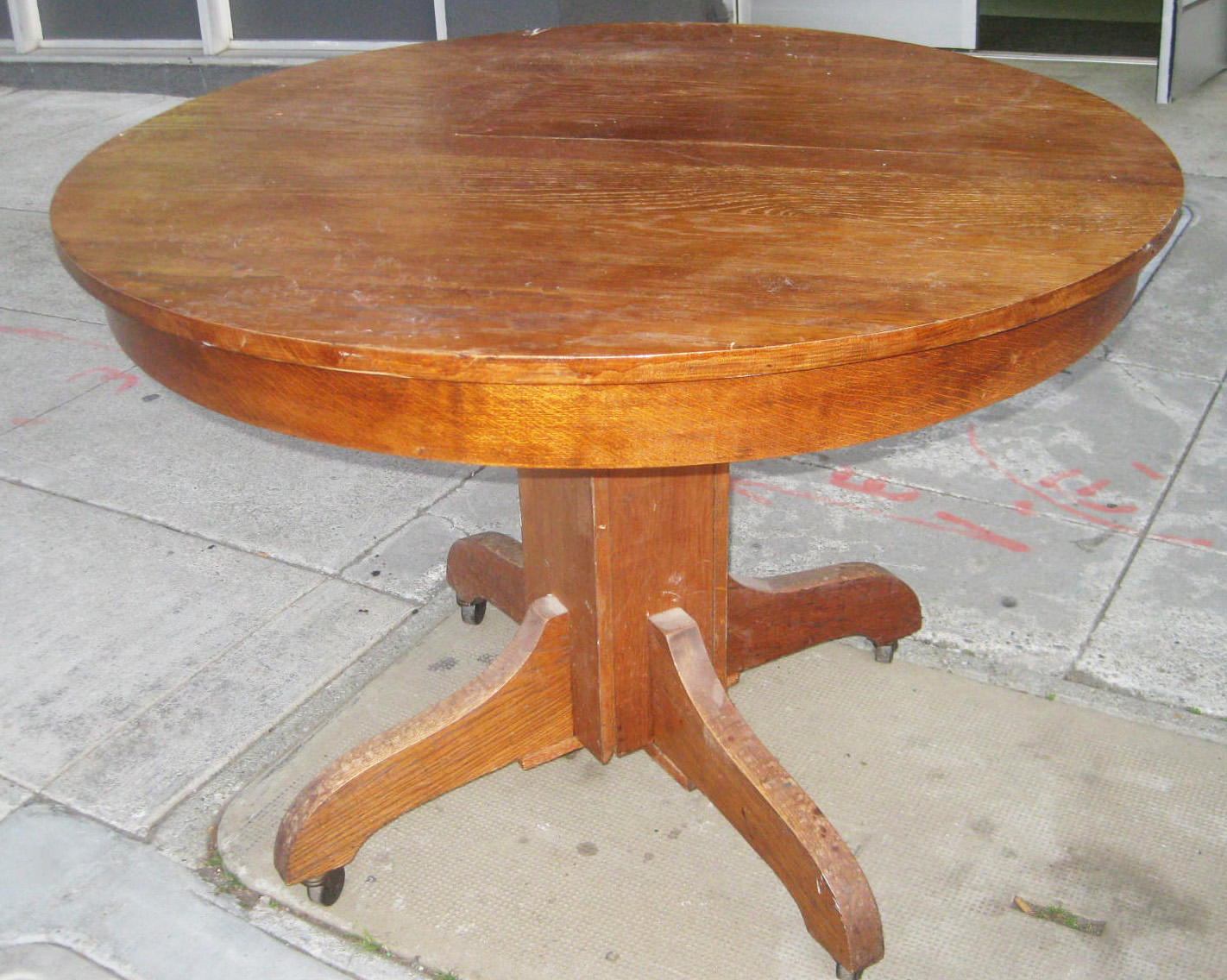 UHURU FURNITURE & COLLECTIBLES: SOLD - Craftsman Oak Dining Table