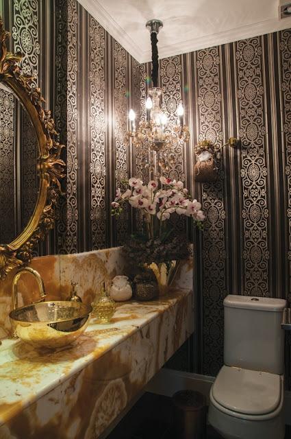 Construindo minha casa clean lavabos banheiros cl ssicos com espelhos antigos e venezianos - Pintura dorada para paredes ...