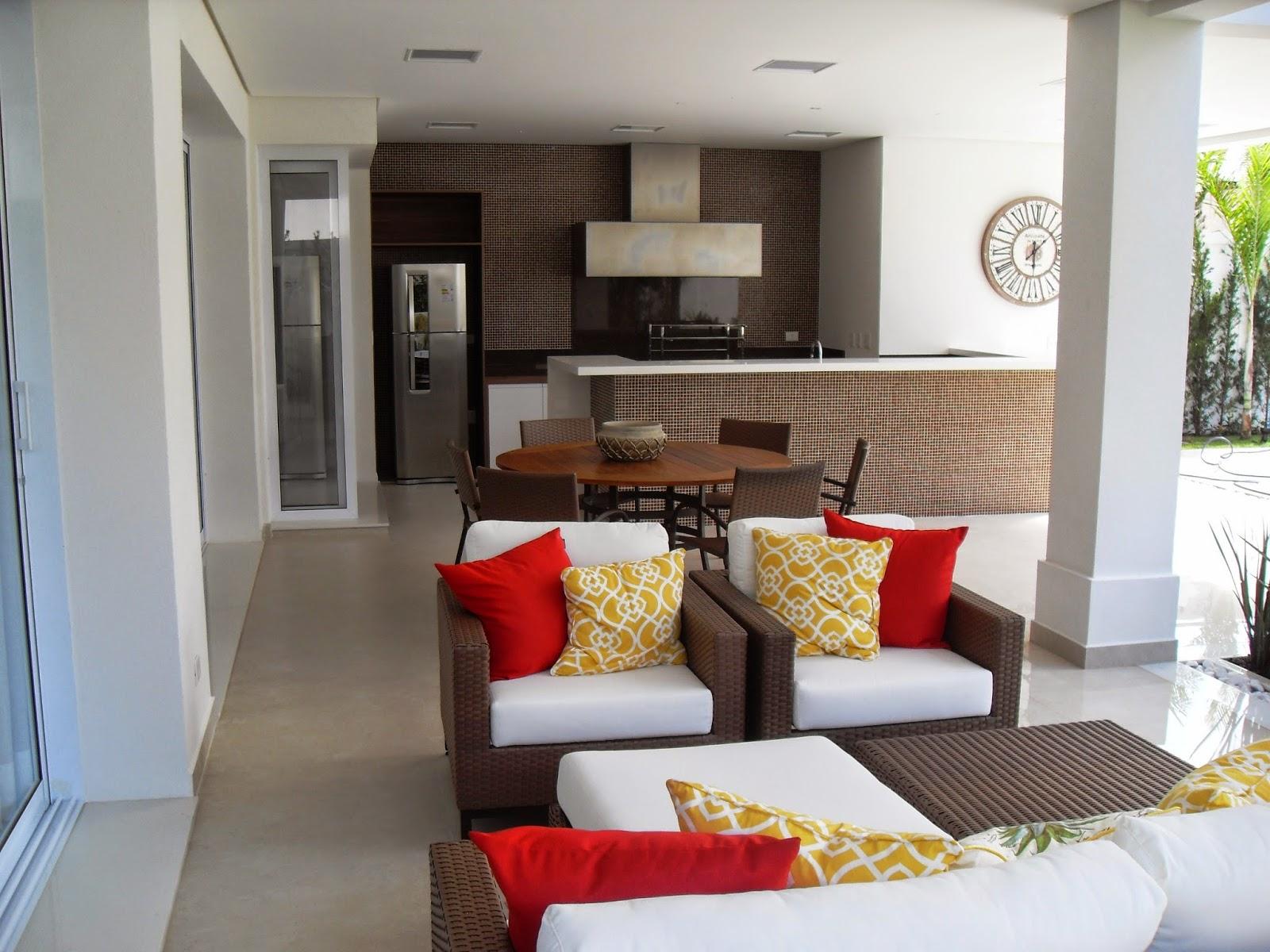 Casa Nova Mobiliada E Decorada Com 5 Suites A Venda No Condom Nio