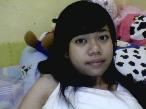 yukikax imagesize:500x375 2 Beautiful Indonesian girl's wonderful big boobs and hairy pussy self photos  leaked (20pix)
