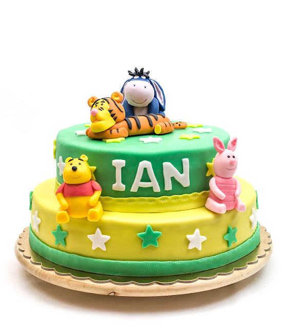 Winnie the Pooh fondant cake 2 tier blog shot