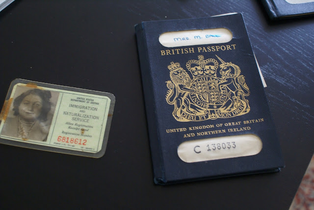 UK Imigration card and passport to the USA