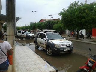 Viatura da polícia em dos bairros de Baraunas