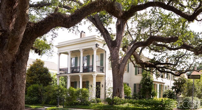 \u201cThe Greek Revival house [home of writer Julia Reed and her husband lawyer John Pearce] was built circa 1847 in New Orleans\u0027s Garden District.\u201d & Julia Reed\u0027s House in New Orleans | A Flippen Life