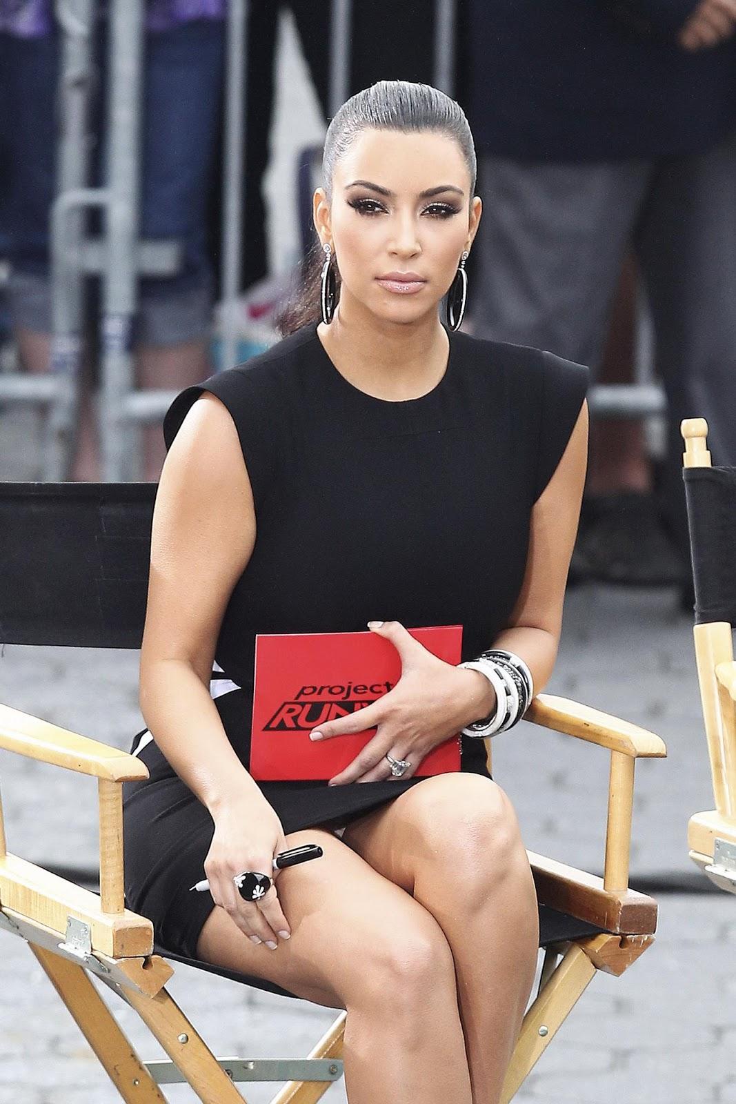 http://4.bp.blogspot.com/-eEqVGMln38k/TtjUcjJdy1I/AAAAAAAADJ4/itnqTur-NJA/s1600/kim_kardashian_02.jpg