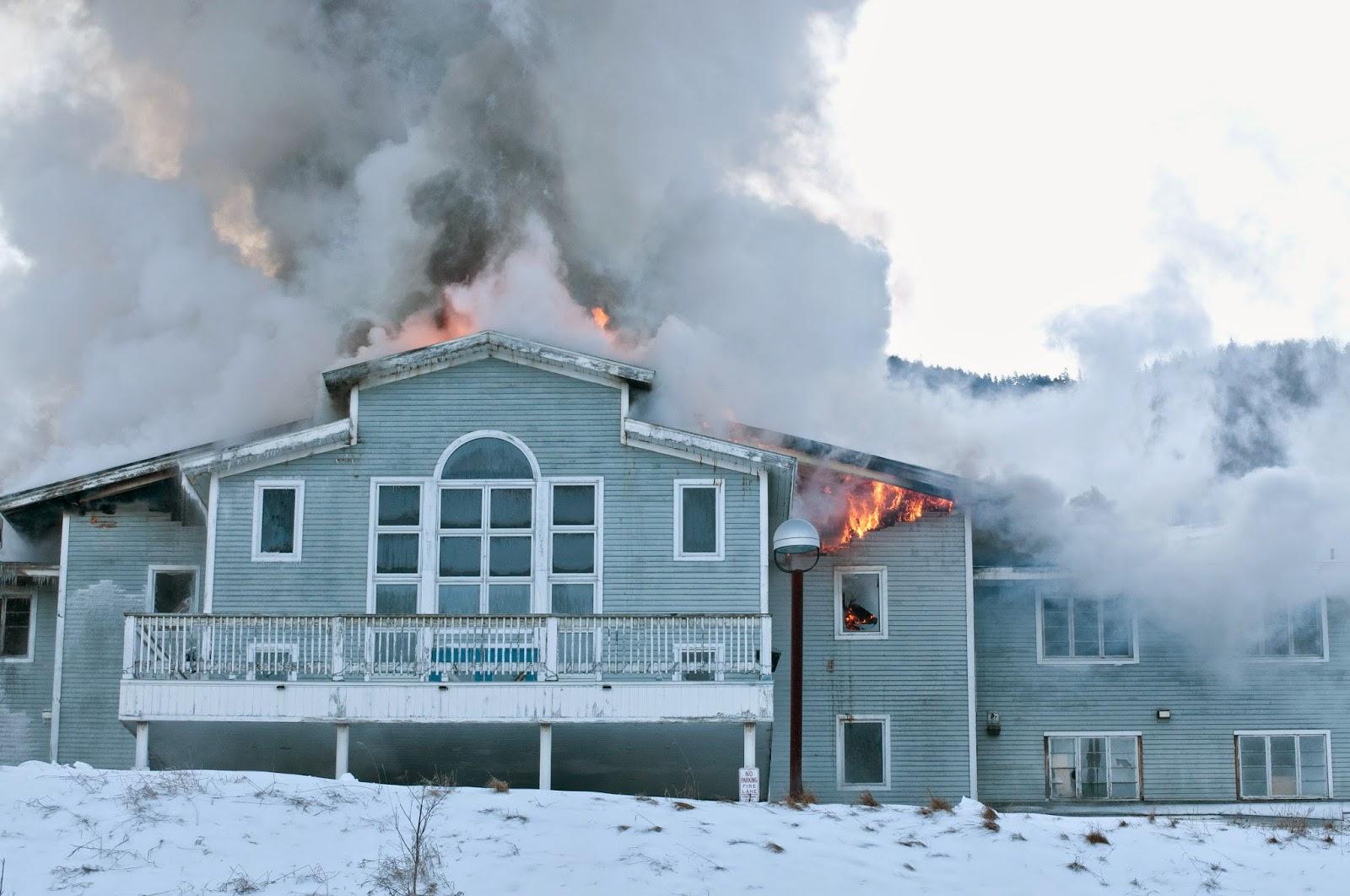 fire at former ascutney mountain resort base lodge #vt #westwindsorvt