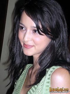 aktris indonesia ia merupakan salah satu artis terkaya di indonesia ...