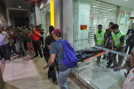 Gambar dan Video Rompakan Ambank Subang Jaya (CCTV)