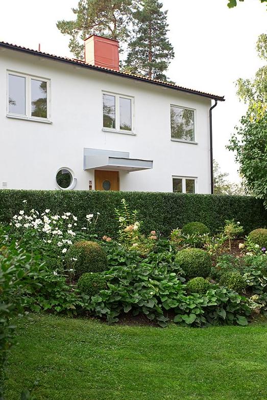 Trädgård trädgård sekelskifte : studio karin: TOPPRENOVERAT FINT FUNKISHUS - OCH PERFEKT ...