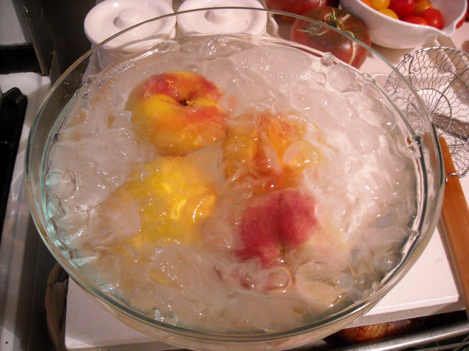 the bon savant: Bourbon Poached Peaches