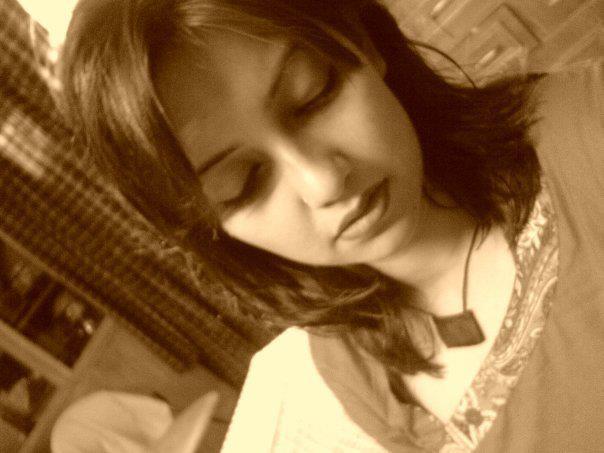 Model Actress Nowshin32130_238725923_n